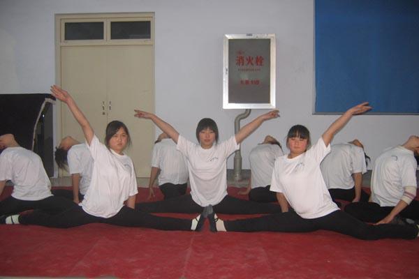 学生舞蹈课