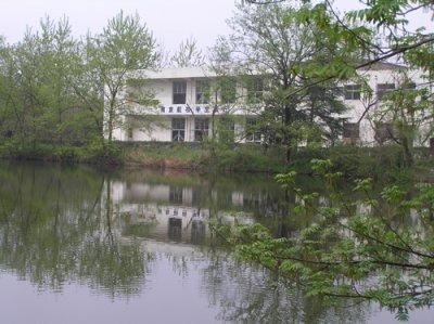 良光学校风景图