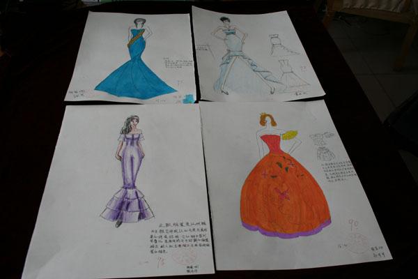 服装设计专业学生素描作业展示
